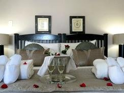 Honeymoon Suite at Galagos Lodge
