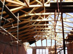 Purpose-made Roof Trusses